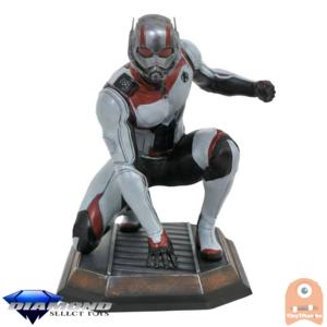 Marvel Movie Gallery Avengers Endgame Ant-Man PVC Diorama 23 CM