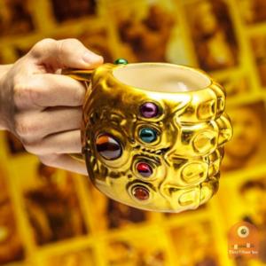 Paladone Marvel: Avengers Infinity War - Infinity Gauntlet Shaped Mug